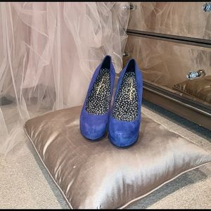 Perfect  Blue Suede Shoes